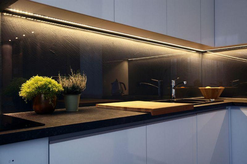 Kaljeno staklo za kuhinju