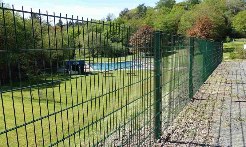 Panel-ograda – stupovi i paneli za ogradu